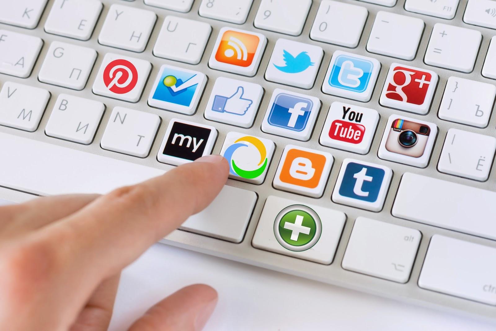 teclado-redes-sociales-com-health-p